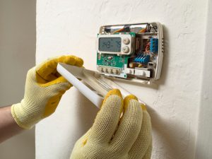 thermostat-open-repair-gloves